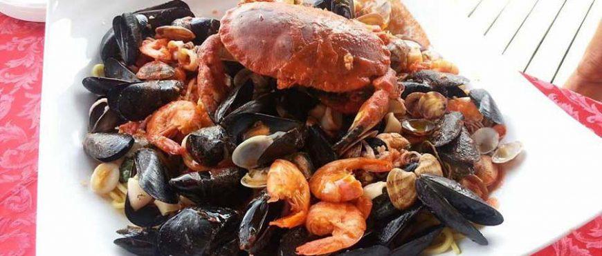 Chitarrina ai frutti di mare e granseola