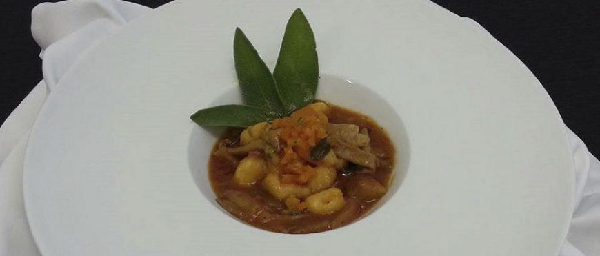 Gnocchi di zucca in salsa di funghi pleurotus
