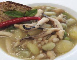 Zuppetta di seppie, patate, piselli e fave